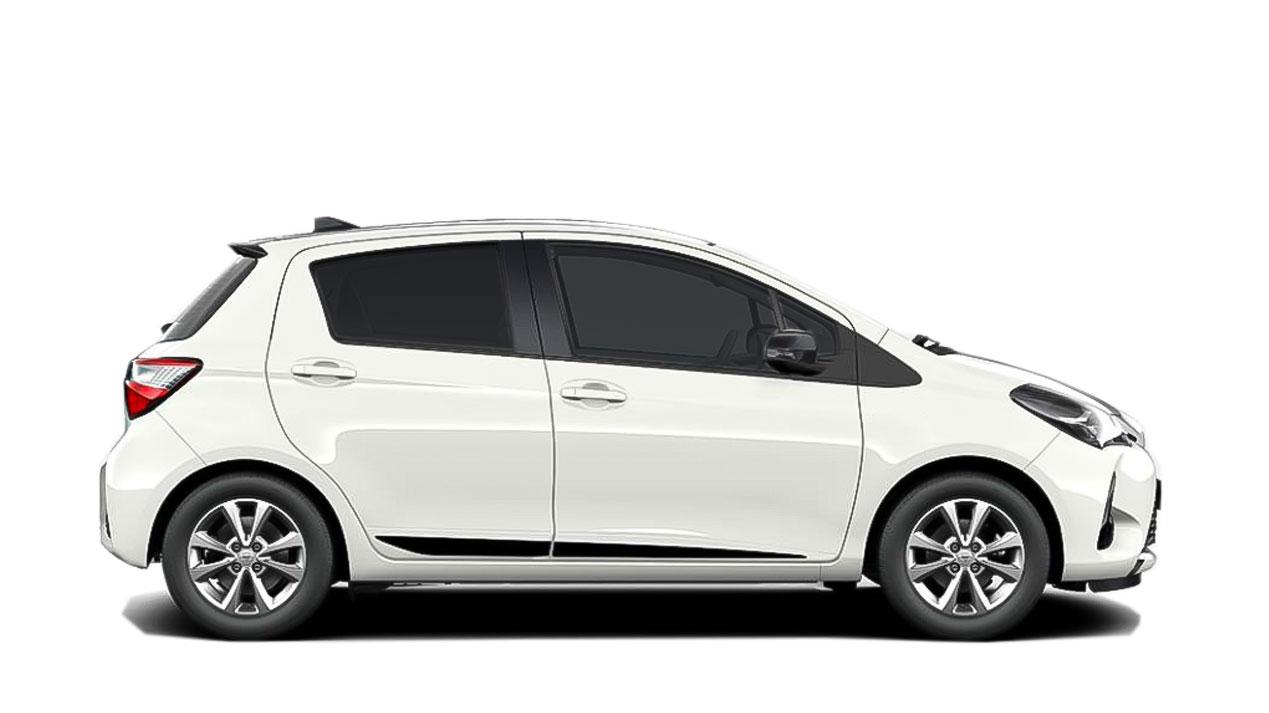 Toyota Yaris sjálfskiptur eða sambærilegur
