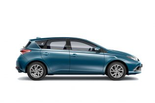 B2 – Toyota Auris or similar | Automatic (CDAN)